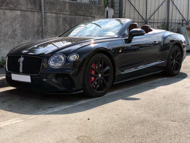 Cabriolet rental in Hyeres