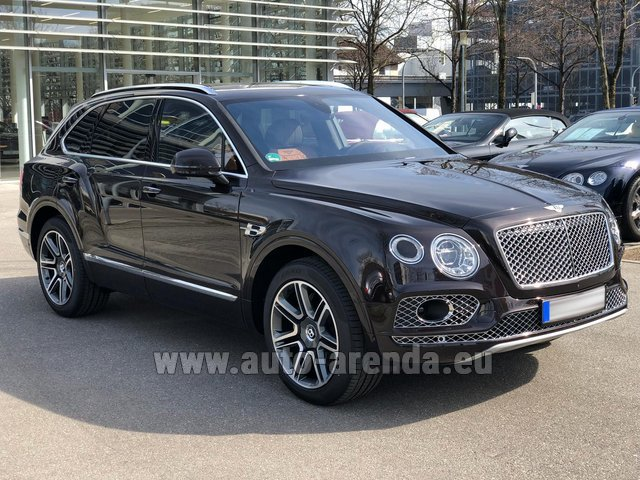 Rental Bentley Bentayga 6.0 Black in Antibes