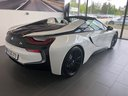 Rent-a-car BMW i8 Roadster Cabrio First Edition 1 of 200 eDrive in French Riviera Cote d'Azur, photo 3