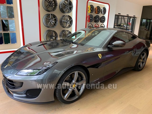 Rental Ferrari Portofino in Marseille