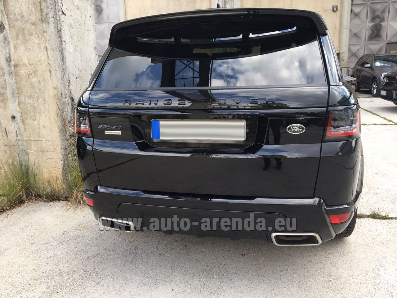 saint jean cap ferrat land rover range rover sport rental. Black Bedroom Furniture Sets. Home Design Ideas