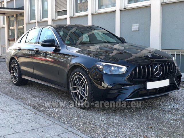 Rental Mercedes-Benz AMG E 53 4MATIC+ Turbo in Cagnes-sur-Mer