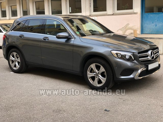 Rental Mercedes-Benz GLC 220d 4MATIC AMG equipment in Nice