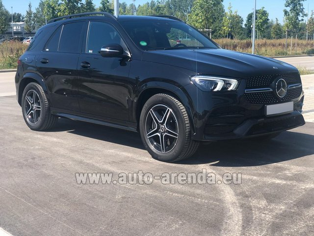 Rental Mercedes-Benz GLE 450 4MATIC AMG equipment in Nice