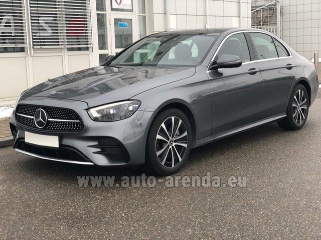 Rental Mercedes-Benz E400d 4MATIC AMG equipment in Cagnes-sur-Mer