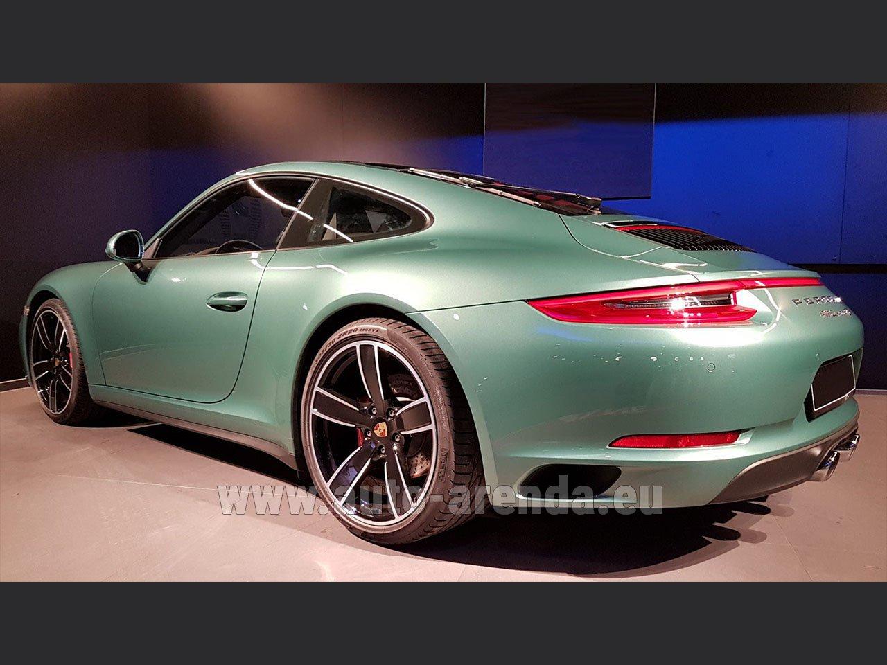 Rent Porsche 911 991 4s Racinggreen Individual Sport