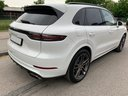 Rent-a-car Porsche Cayenne Turbo V8 550 hp in French Riviera Cote d'Azur, photo 4