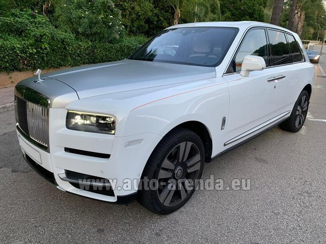 Rental Rolls-Royce Cullinan White in French Riviera Cote d'Azur