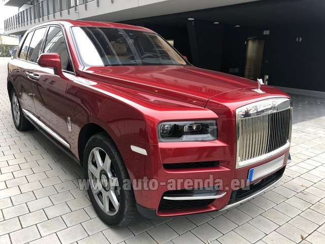 Rental Rolls-Royce Cullinan in Antibes