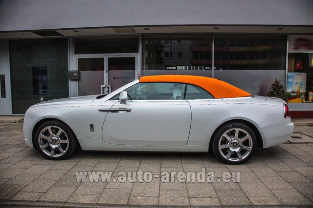 Rental Rolls-Royce Dawn White in Menton