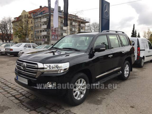 Rental Toyota Land Cruiser 200 V8 Diesel in Antibes