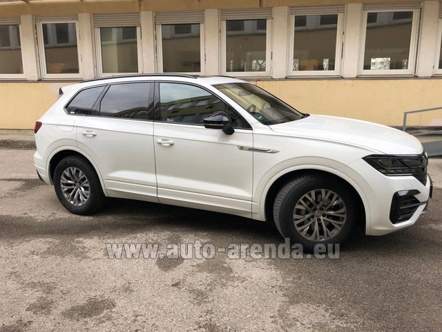Hire and delivery to the Cannes airport the car Volkswagen Touareg R-Line