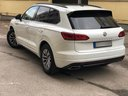 Rent-a-car Volkswagen Touareg R-Line in Cagnes-sur-Mer, photo 4